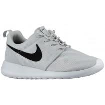 Nike Roshe One Femmes baskets gris/blanc NIO163