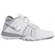 Nike Free TR 6 Femmes chaussures de sport blanc/argenté LEE999