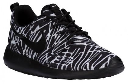 Nike Roshe One Print Femmes chaussures de course noir/blanc EED323