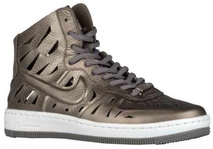 Nike Air Force 1 Ultra Force Mid Femmes chaussures de sport or/blanc NNU419